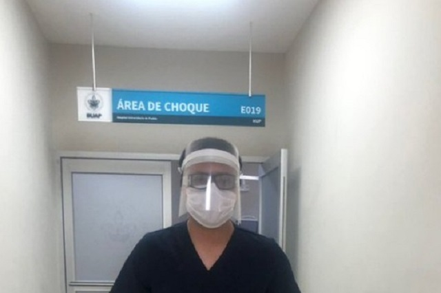 Iberdrola da equipo de protección para médicos en Puebla