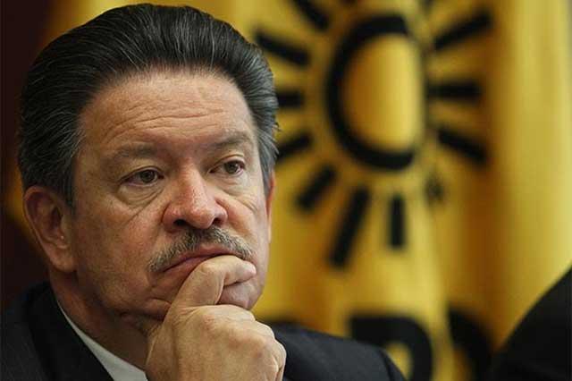 La PGR le revira al PRD que no verifica antecedentes de candidatos