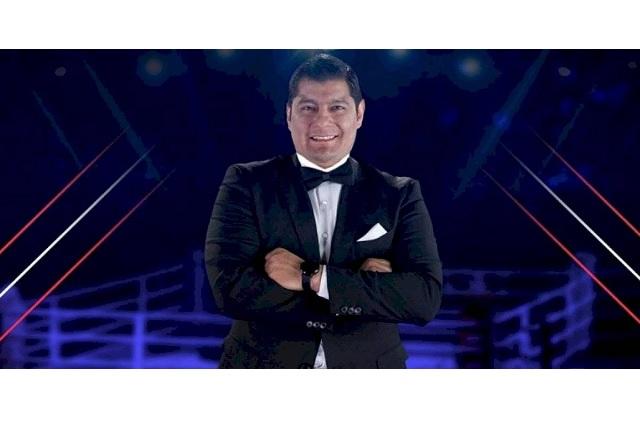 Conductor de TV Azteca se cambia a Televisa
