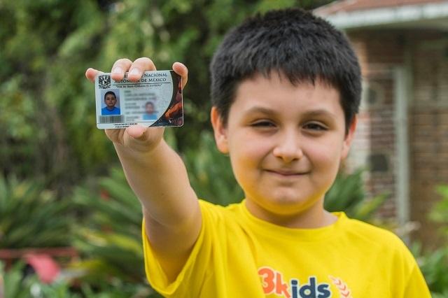Carlos, el primer niño genio que estudiará una licenciatura en la UNAM