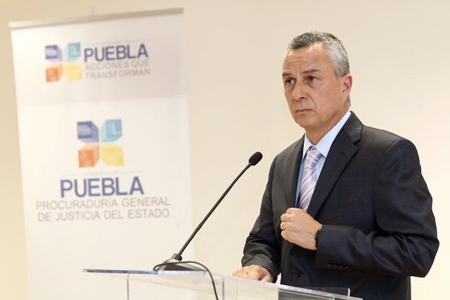 Por ley, Carrancá se quedará 7 años como Fiscal General