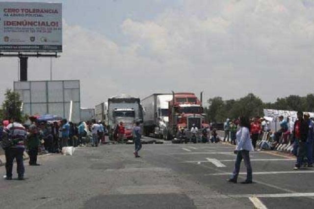 Transportistas convocan a paro carretero el martes en Puebla