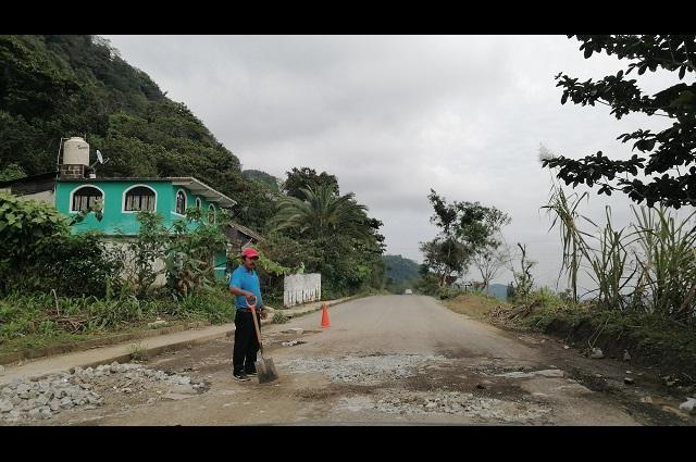 Carreteras de la Sierra Norte siguen sin reparaciones