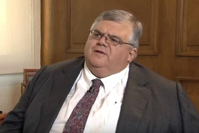 Carstens, un genio de la política que a todos les repartía, dice AMLO