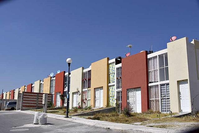 Cae venta de casas económicas y crece la de costosas, en Puebla