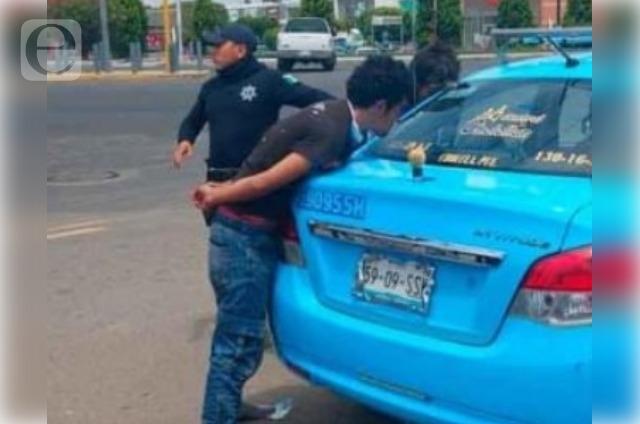 Casi linchan a asaltantes de transporte público de Cholula