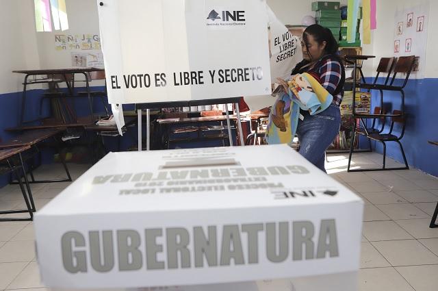Casi a medio día reporta INE la apertura total de casillas en Puebla