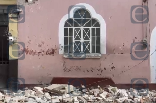 Tras colapso de techo, casona cae en barrio de San José
