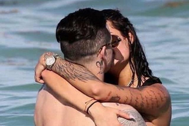 Ex Jennifer Lopez besa a bella mujer y rumoran es su novia