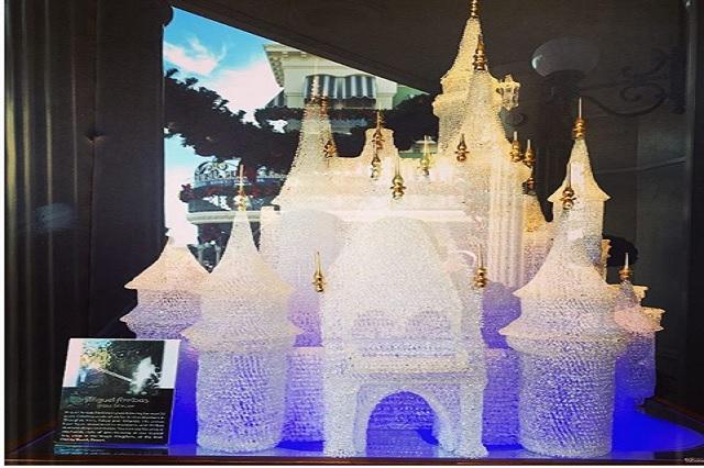 Niños destruyen la escultura más grande del mundo; padres tendrán que pagar