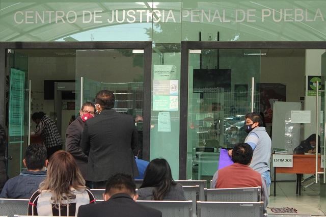 Revivirán en juicio, nexo de Mara Castilla con plagiario