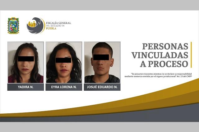 Vinculan a proceso a tres por posesión de drogas en Puebla