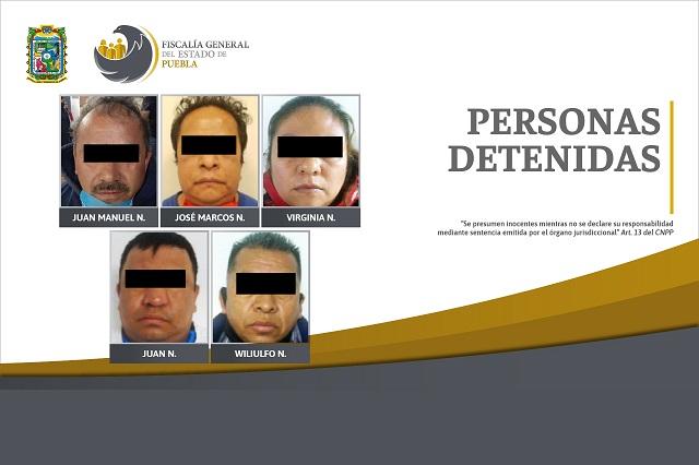 Catean 3 burdeles, caen 5 lenones y rescatan a 74 mujeres en Puebla