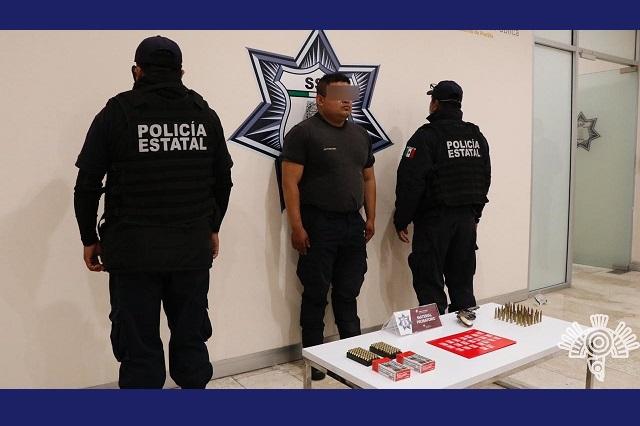 Vendía armas, municiones y droga en Caxhuacán