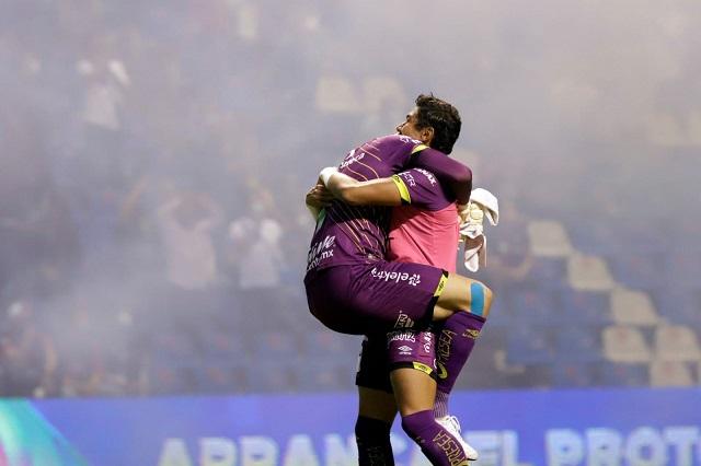 ¡Puebla está en Semifinales! Ormeño hace retumbar el Estadio Cuauhtémoc