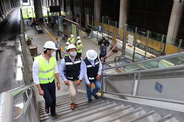 Inicia sustitución de escaleras eléctricas del paradero Juárez- Serdán