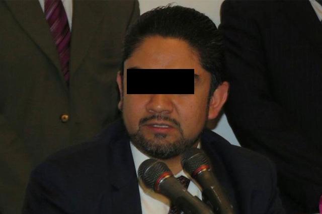 Ejecutan tercera orden de aprehensión contra exfuncionario de Mancera en CDMX