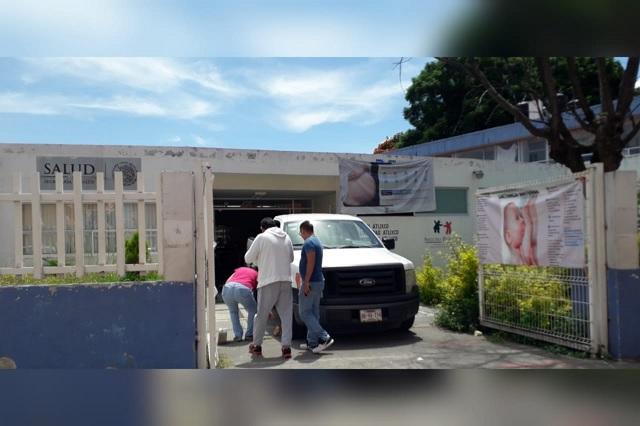 Se quedan sin lugar de trabajo empleados del Centro de Salud de Atlixco