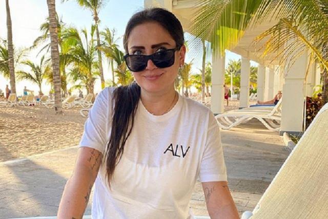 Celia Lora denuncia que la golearon y corrieron de hotel en Mazatlán