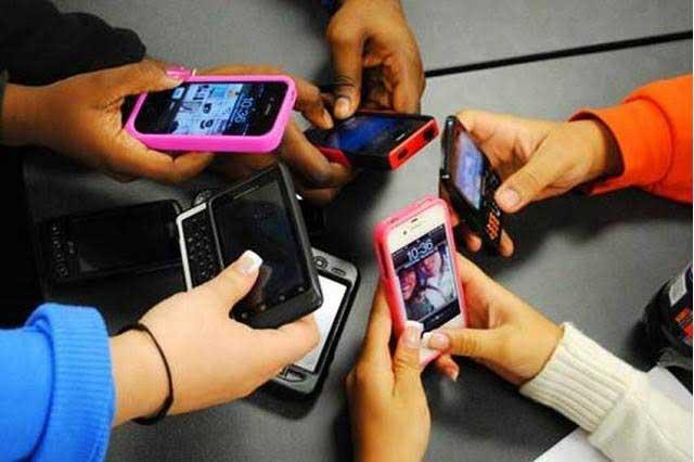 5 Consejos para evitar que el celular dañe nuestra salud