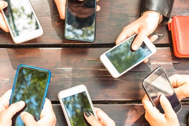 Senado aprueba padrón de usuarios de telefonía móvil