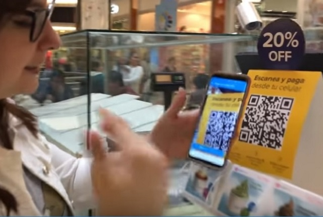 Inician hoy pagos sin efectivo y se podrá comprar desde el celular