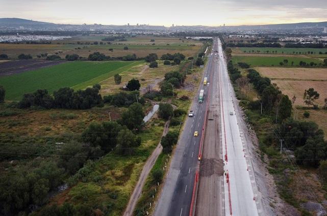 CEMEX construye carreteras  ecológicas en México