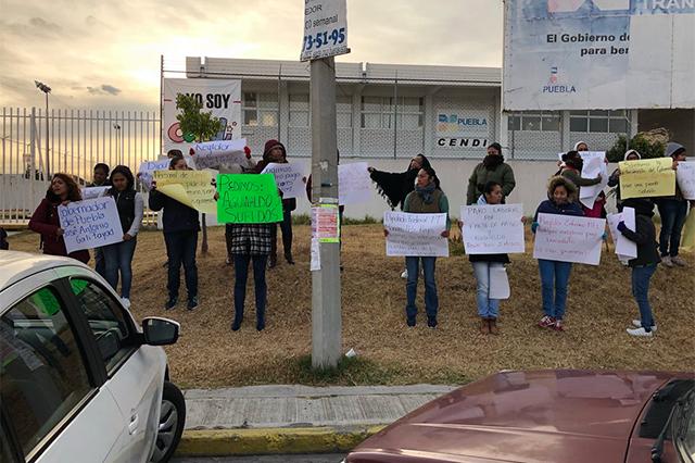 Bloquean Cendi del PT por falta de pago en Cuautlancingo