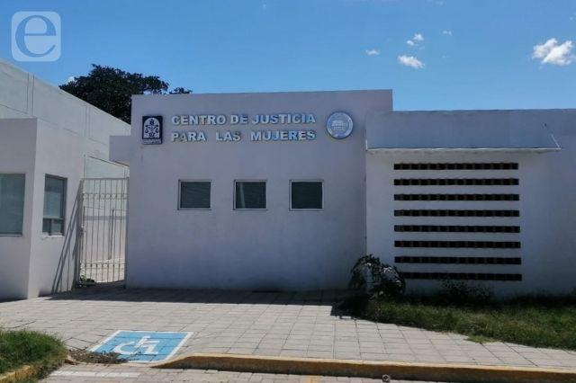 Centro de Justicia para Mujeres; elefante blanco en Acatlán