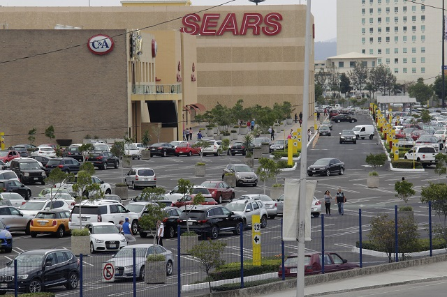 Plazas comerciales de Puebla tramitan certificado de sanidad