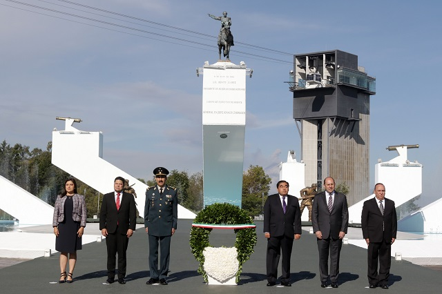 Barbosa encabeza ceremonia por aniversario luctuoso de Zaragoza