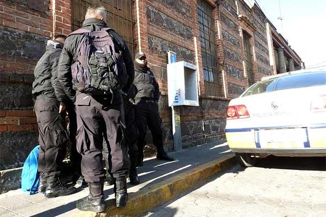 Director del penal de Cholula muere por caída en cuarentena