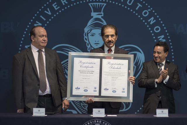 BUAP, primera universidad con certificación ISO 9001:2015