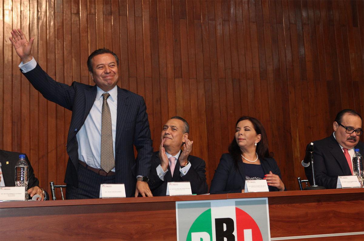 El PRI debatirá el martes la iniciativa que elimina el pase automático