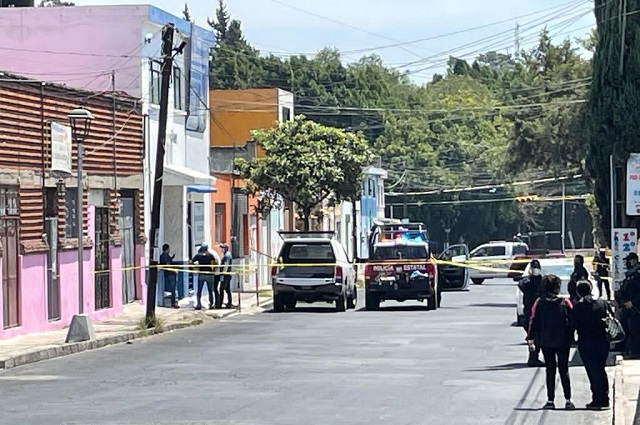 A golpes matan a hombre en calles de Xonaca
