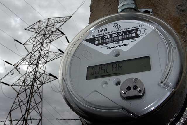 CFE restablece en 95% servicio de energía en hogares y comercios