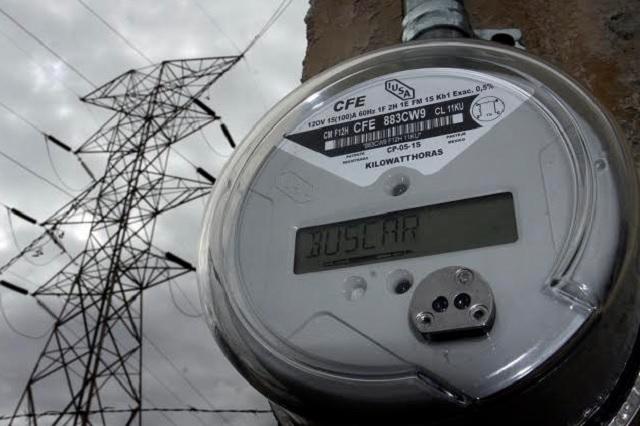 Obtuvo CFE 47 mdp por reconectar luz a quienes suspendió el servicio