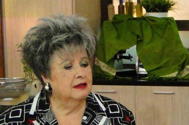 Hospitalizan a Evita Muñoz Chachita por neumonía