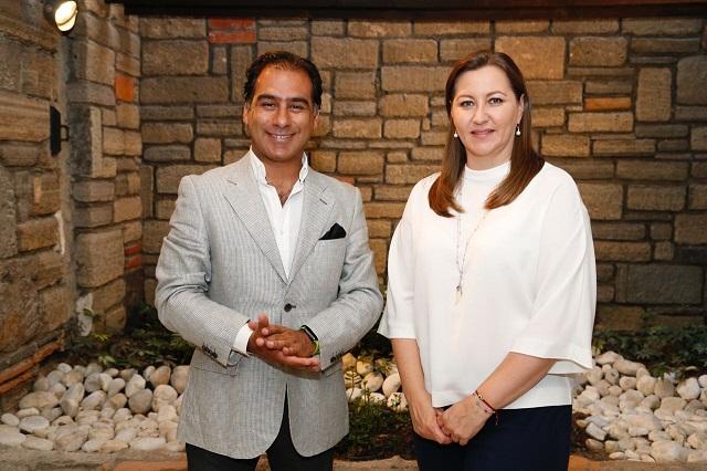 Chaín reconoce triunfo de Alonso Hidalgo y le entrega propuestas