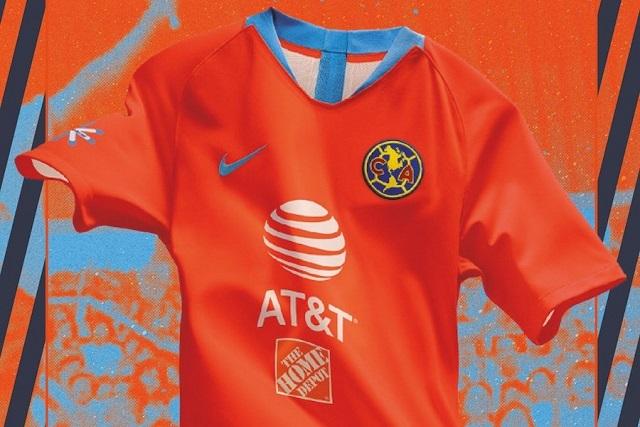 América rinde tributo al Chanfle con uniforme color naranja