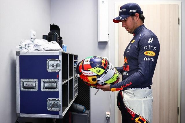 Prensa internacional rescata la carrera de 'Checo' en el GP de Rusia