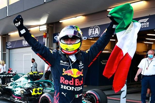 Checo Pérez se lleva el GP de Azerbaiyán, primer triunfo con Red Bull