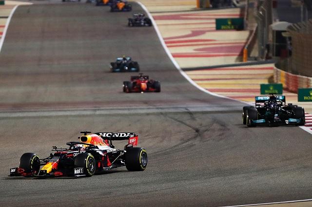 Checo Pérez finaliza quinto en el primer Gran Premio del 2021