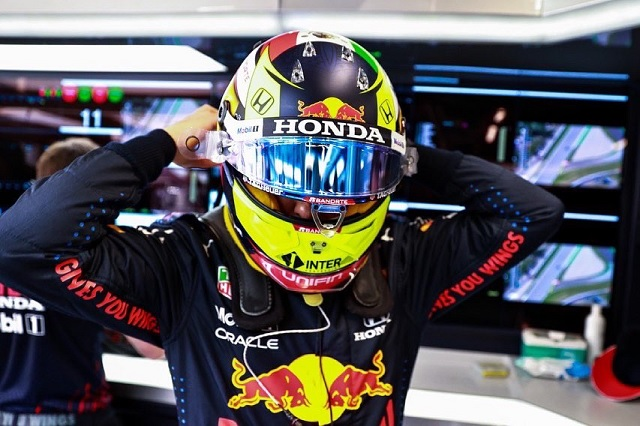 Hamilton repite victoria en el GP de España; Checo termina quinto