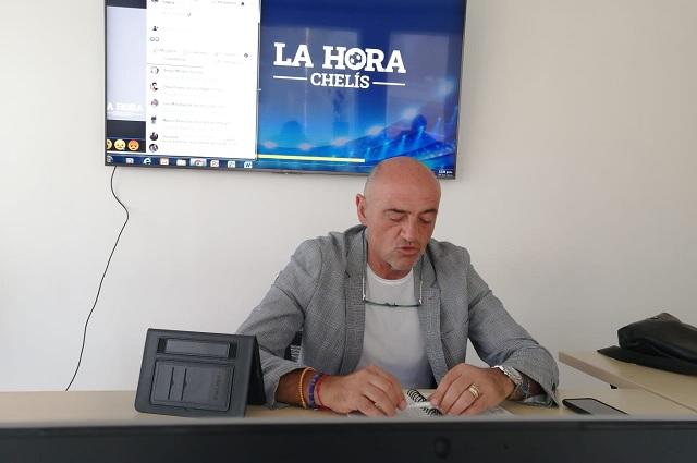En su vuelta como narrador, Chelís pide 'que no haya goles'