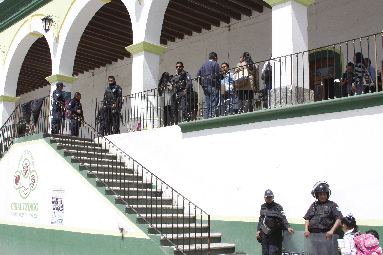 Acusan a regidores de pedir moche a edil de Chiautzingo