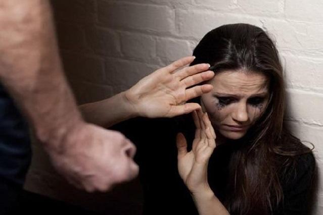Chica sufre golpiza de su ex novio: fue a verlo para que le regresara sus cosas