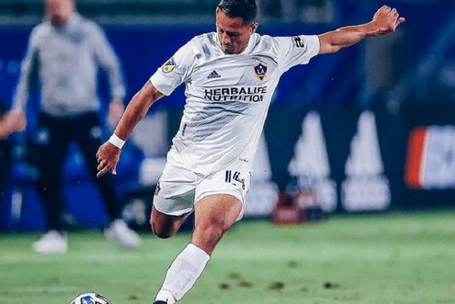 Javier Hernández vuelve a la MLS con jugada y gol de crack