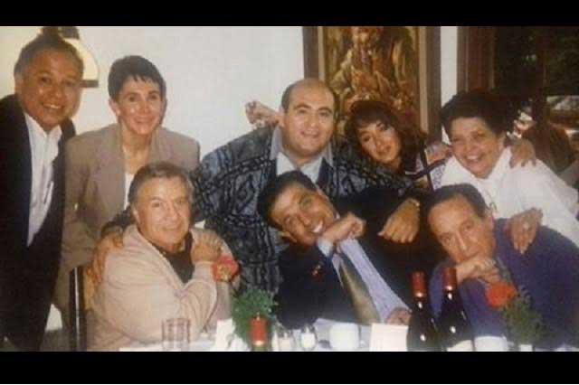Comparte La Chilindrina fotos inéditas junto a Chespirito y amigos