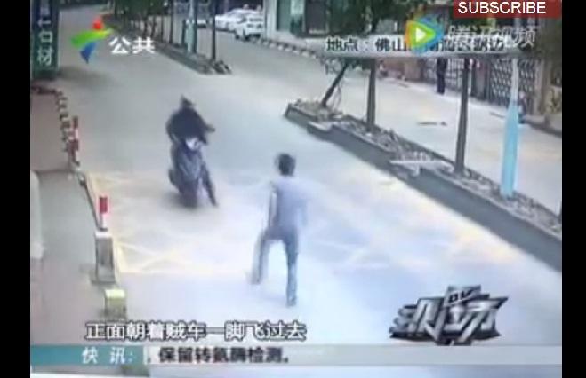 ¿Bruce Lee eres tú? Sujeto da lección a ladrón que le robó celular